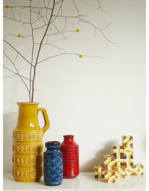 Living_vases_cupboard