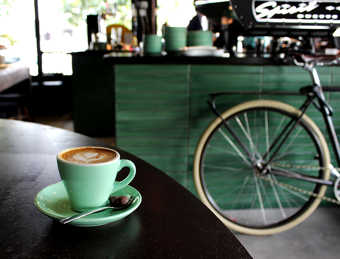 Bloesem Living | 10 links to start the weekend: Conde Nast Traveler - 9 cafes you have to visit in Singapore.
