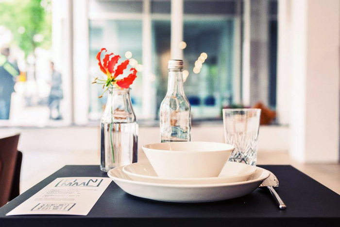 Bloesem living   Table for 1 please: Pop-up restaurant to dine alone at - Eenmaal